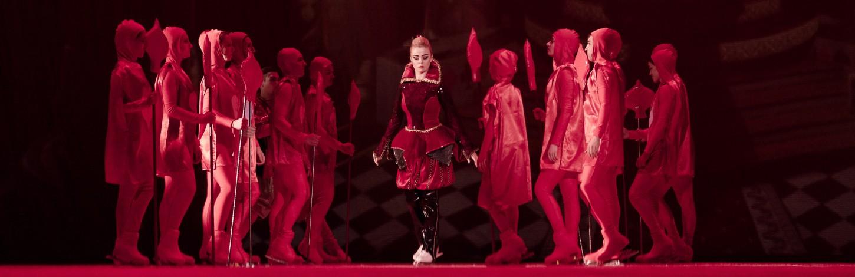 В Риге покажут ледовое шоу «Алиса в Стране чудес»